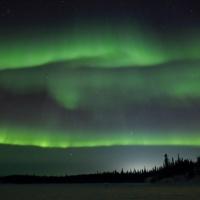 Polární záře nad Yellowknife, Canada   © Toshio Ushiyama