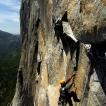Jedna z nejkrásnějších lezeckých oblastí na světě – Yosemity. Po čtyřech dnech ve stěně dolézáme na vrchol cestou Zodiac | Foto Pavel Nesvadba