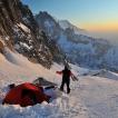 V zimě často spím i s technikou ve stanu, což na její spolehlivost a baterie klade nemalé nároky | Foto Pavel Nesvadba