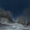 Jako ve dne (Beskydy, cestou na Bučací vodopád) | Foto Václav Hýža | Panorama z 13 snímků, 1× EBKT, ve 3 řadách