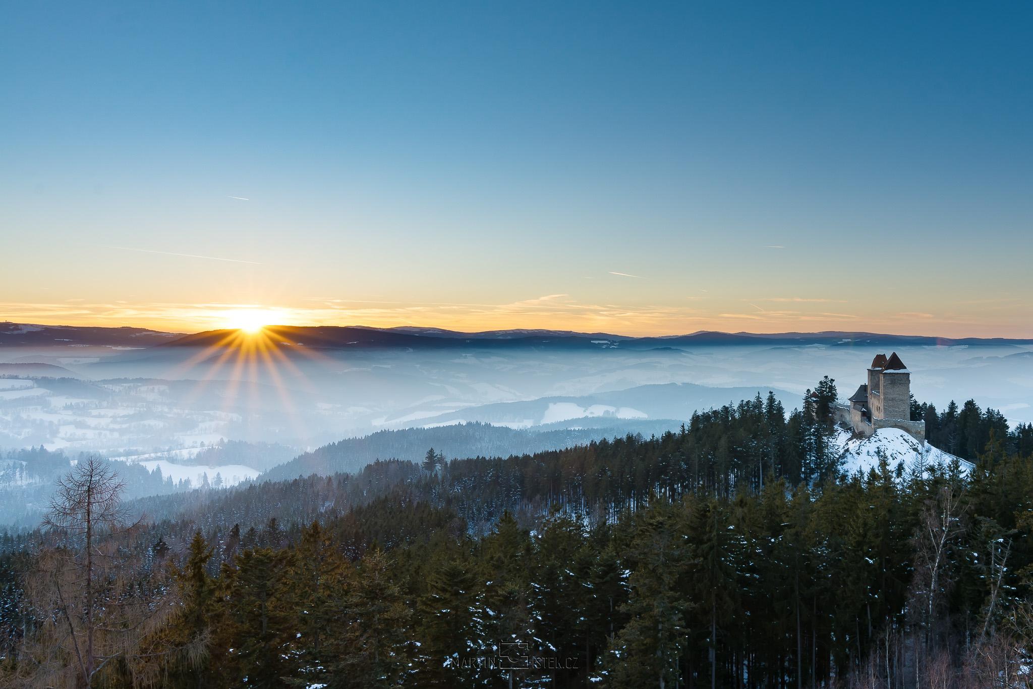 Hrad Kašperk, západ slunce, Kašperské hory
