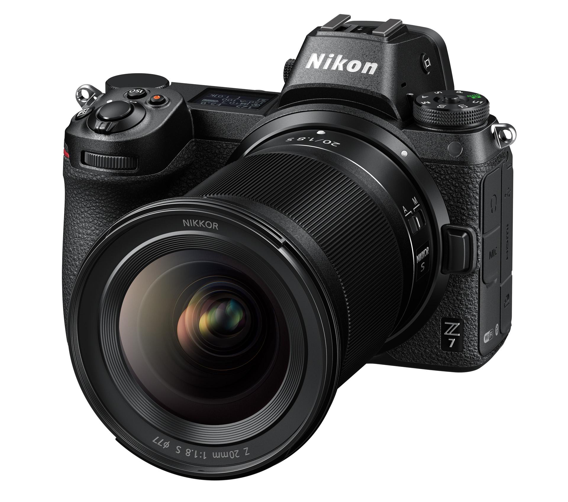 Nikkor Z 20 mm f/1,8 S na těle Nikonu Z 7