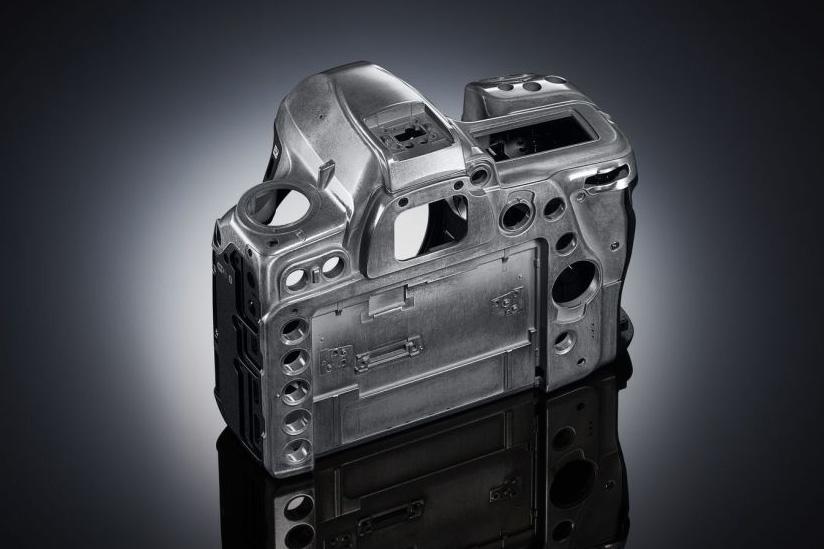 Hořčíková kostra Nikonu D780