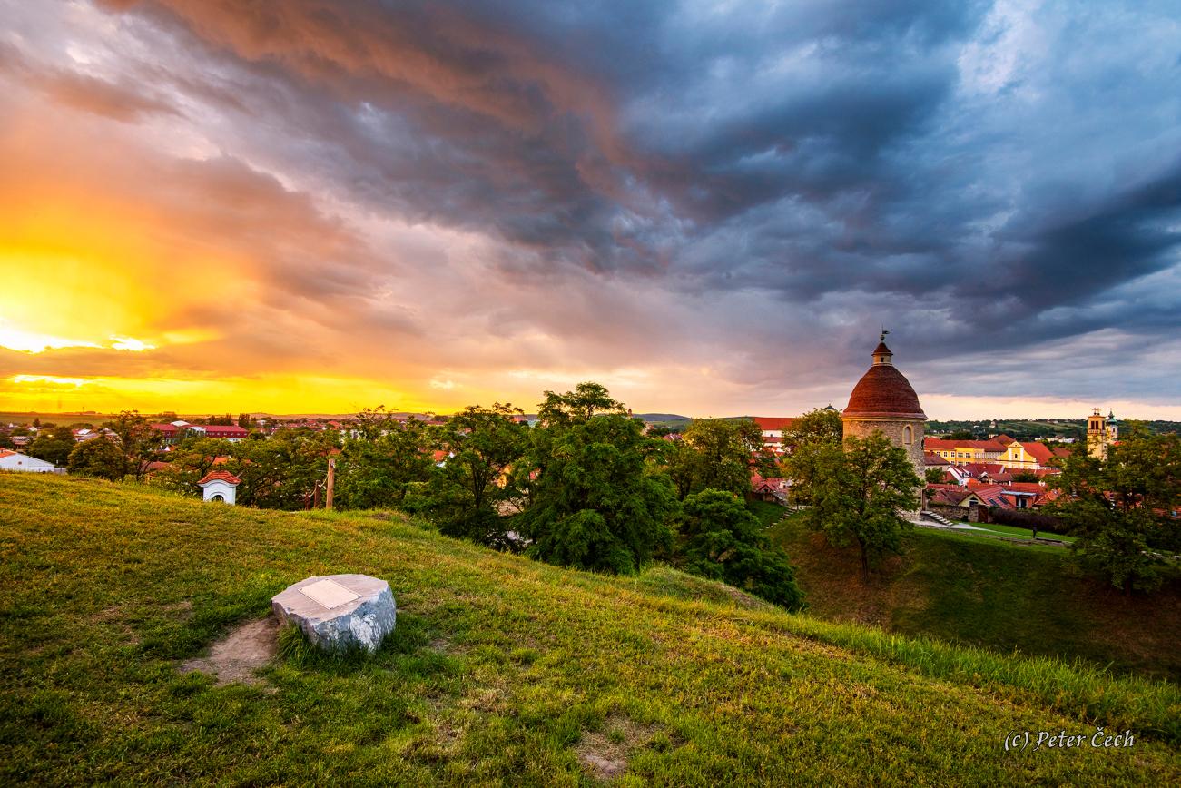 Skalica na Slovensku, bolo parádne búrkové ráno ...