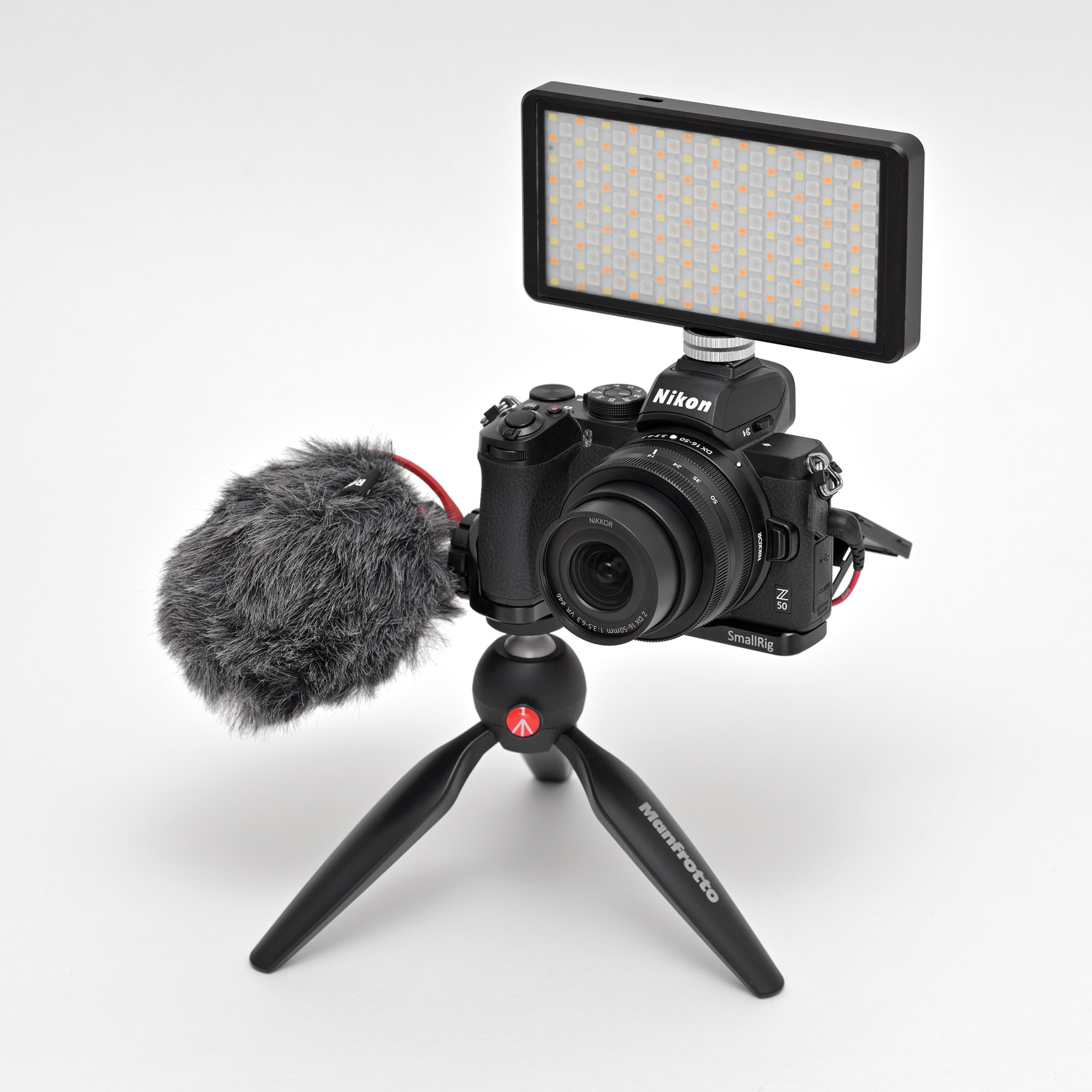 Využití upevňovací lišty SmallRig při práci s videosvětlem