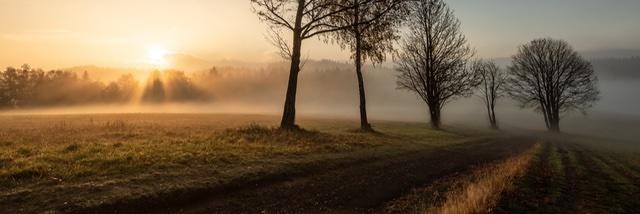 Taková obyčejná česká krajina… červencová Fotka měsíce Nikonblogu ve výsledcích