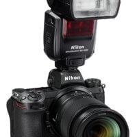 Nikon Z 6II s objektivem Nikkor Z 24–70 mm f/4 S a bleskem Nikon Speedlight SB5000