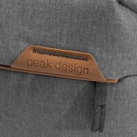 Peak Design Everyday Sling 10L | Zdroj foto: Peak Design