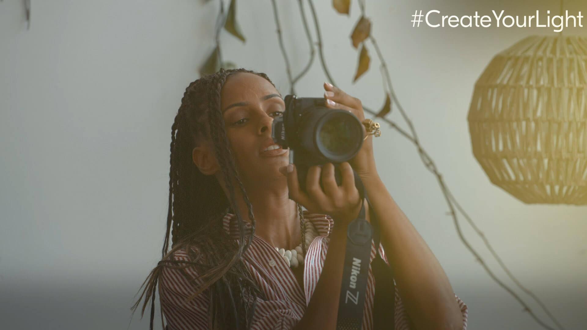 Create Your Light: Výtvarný portrét s Delphine Diallo