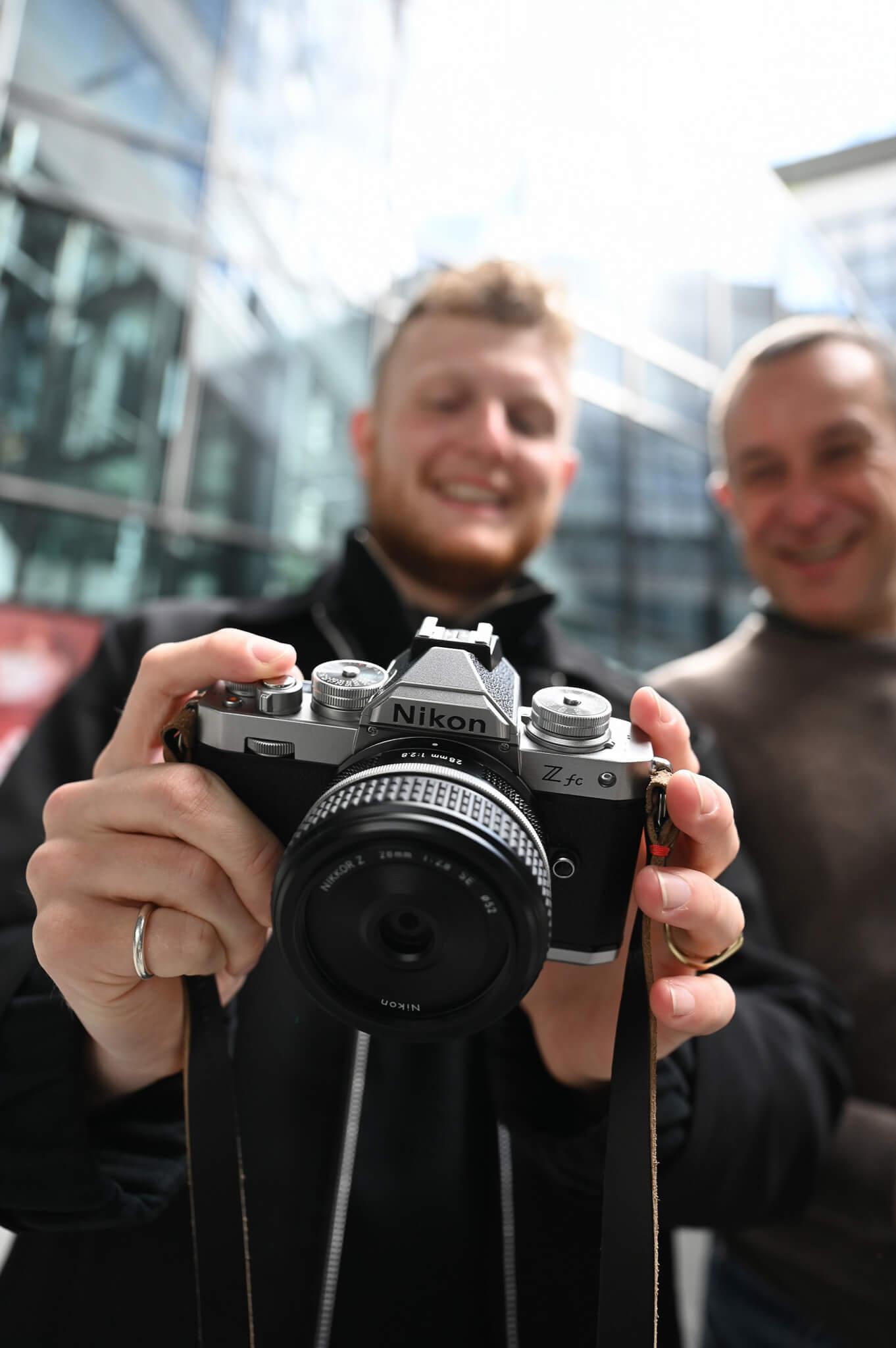 Create Your Light –městská a pouliční fotografie s novým mirrorless Nikonem Z fc