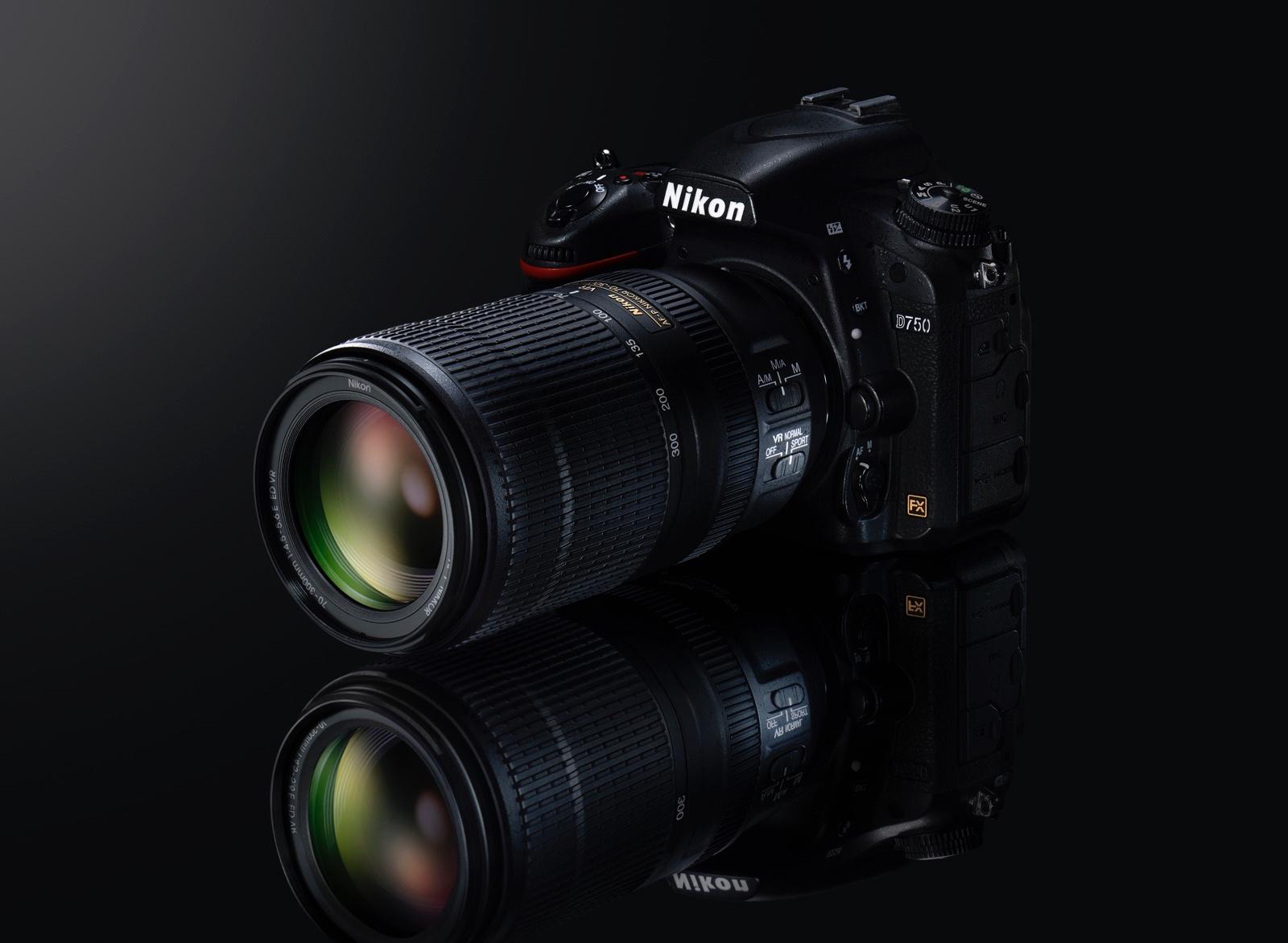 AF-P Nikkor 70–300 mm F4,5–5,6E ED VR