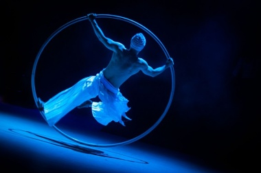 MARTIN ČERVEŇANSKÝ: Moderní cirkus, Kwangyang, Korea, květen 2012 (série)