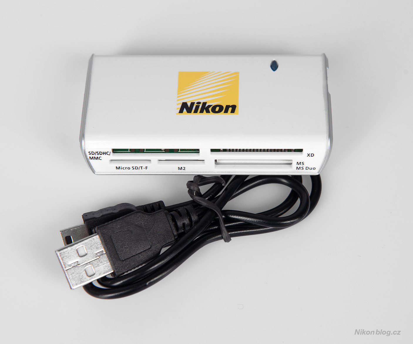 Čtečka karet Nikon