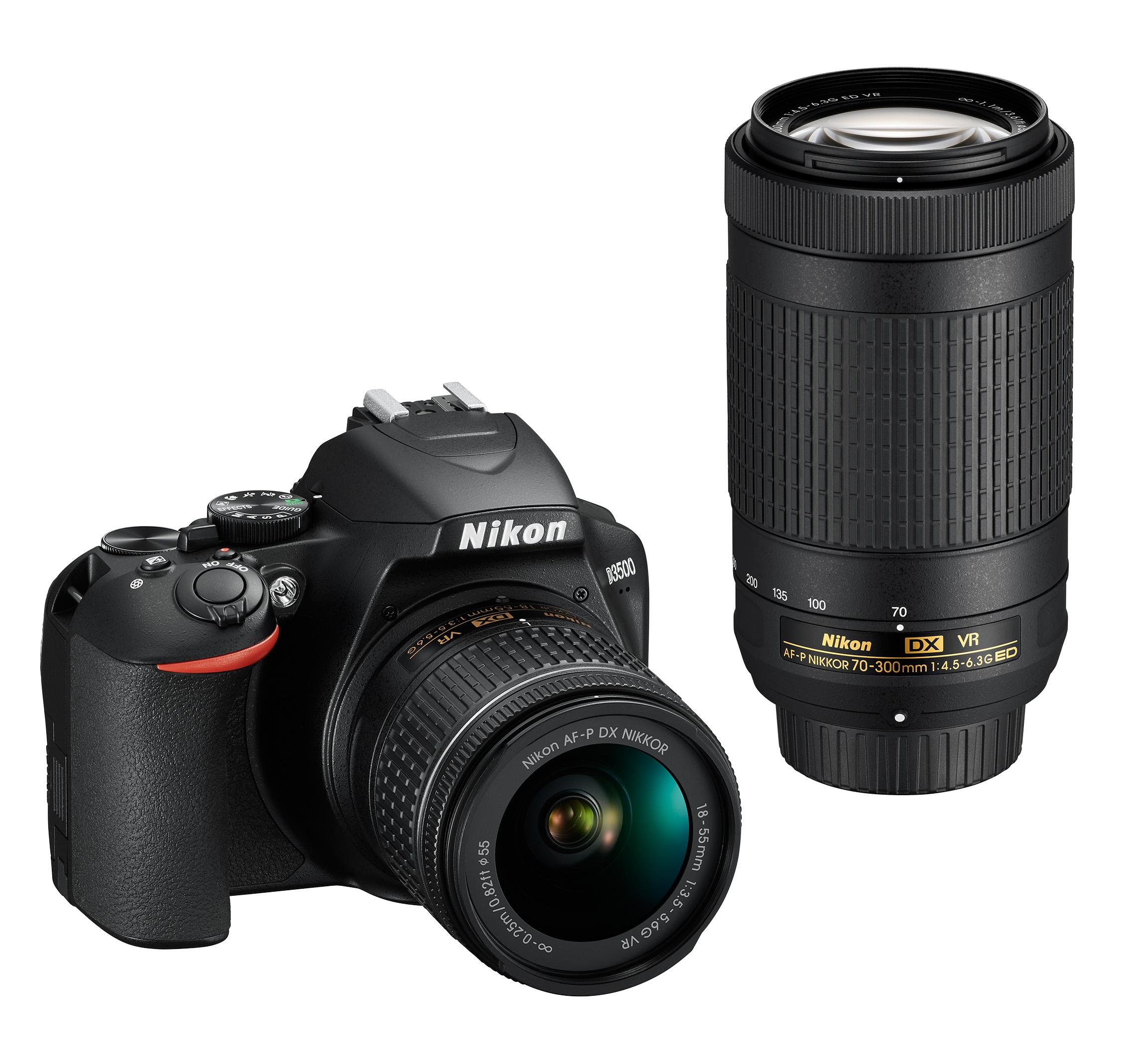 """Na rozdíl od předchozích modelů, u Nikonu D3500 výrobce rezignoval na barevné provedení –nejnovější """"třítisícovku"""" seženete jen v klasickém černém kabátku"""