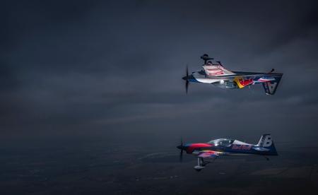 Dan Vojtěch fotí Flying Bulls