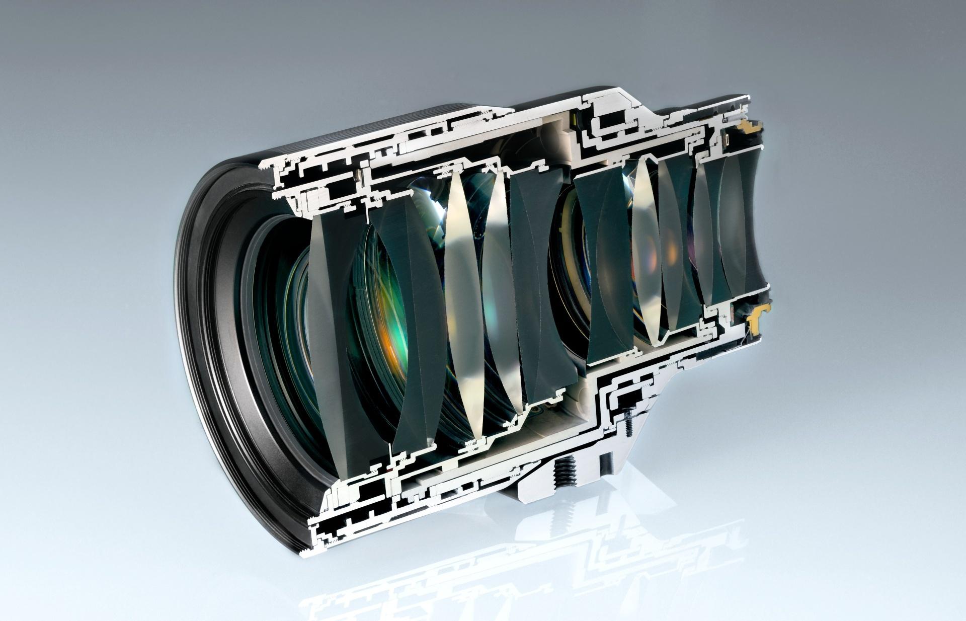 Řez objektivem NikkorZ 58mm f/0,95 S Noct