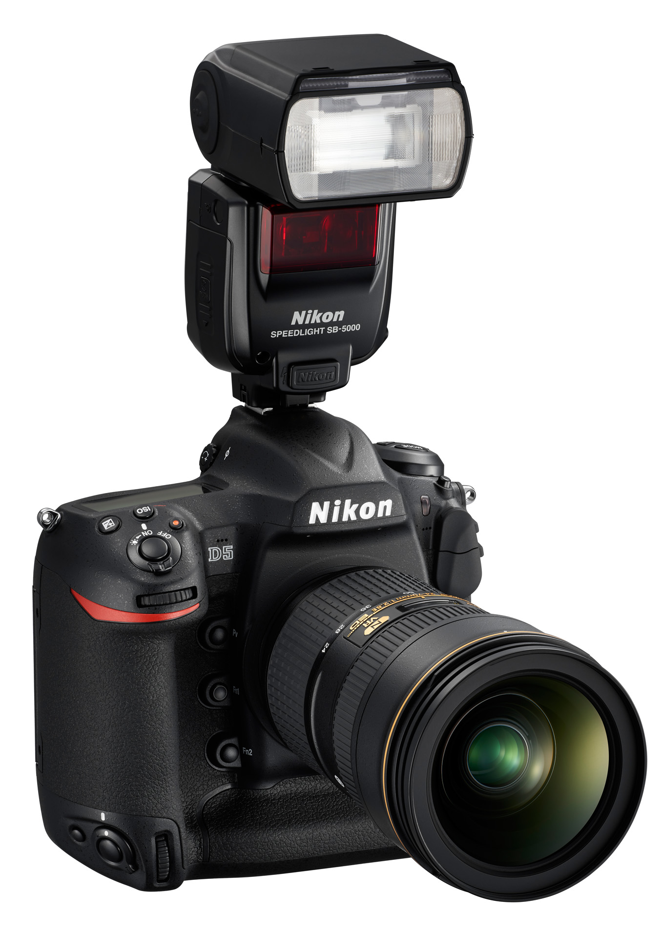 Nikon Speedlight SB-5000 na těle Nikonu D5