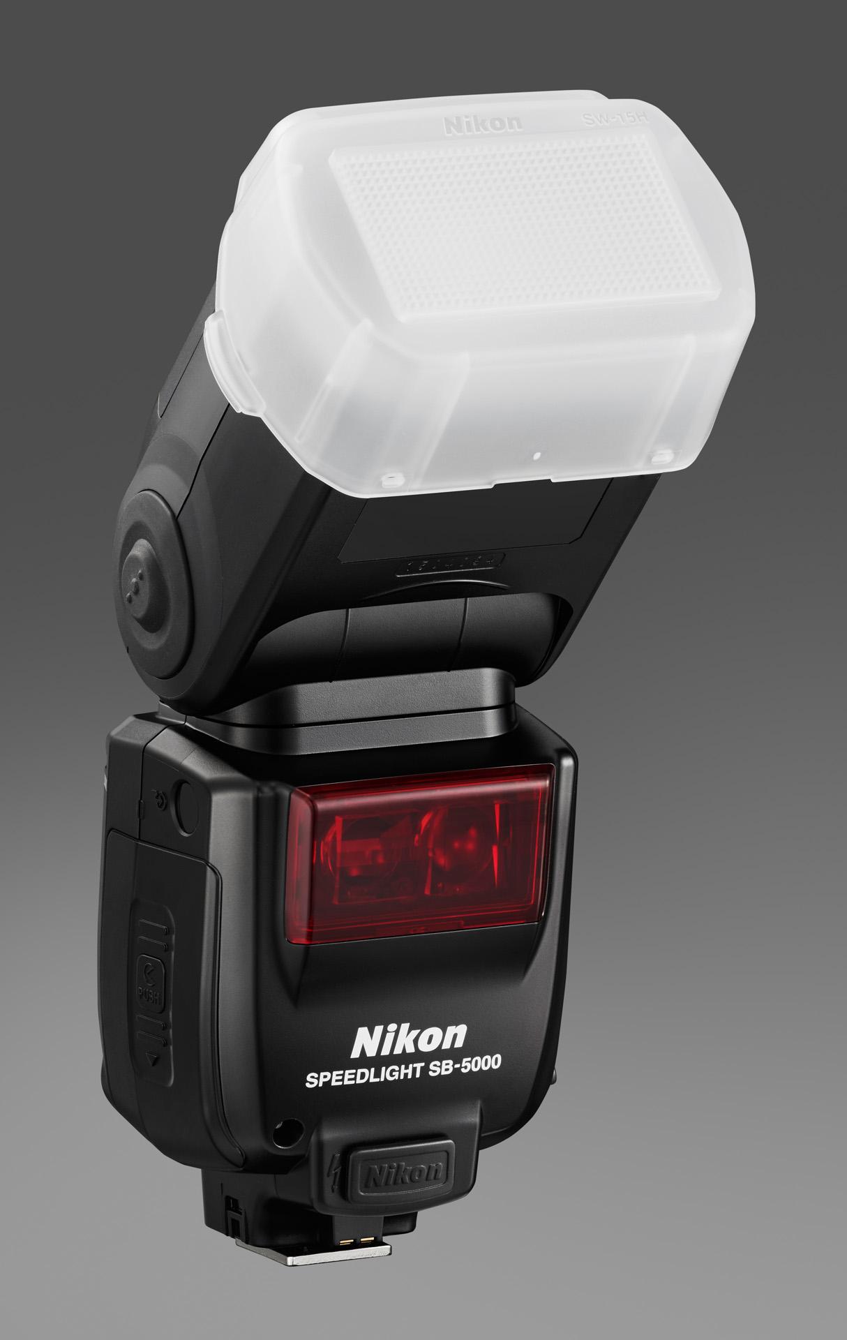 Nikon Speedlight SB-5000 s difuzérem SW-15H