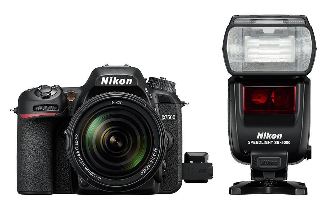 U Nikonu D7500 nepotřebujete pro rádiový vysílač redukci –zapojuje se přímo do příslušného konektoru na těle