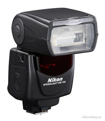 Systémový blesk Nikon Speedlight SB-700