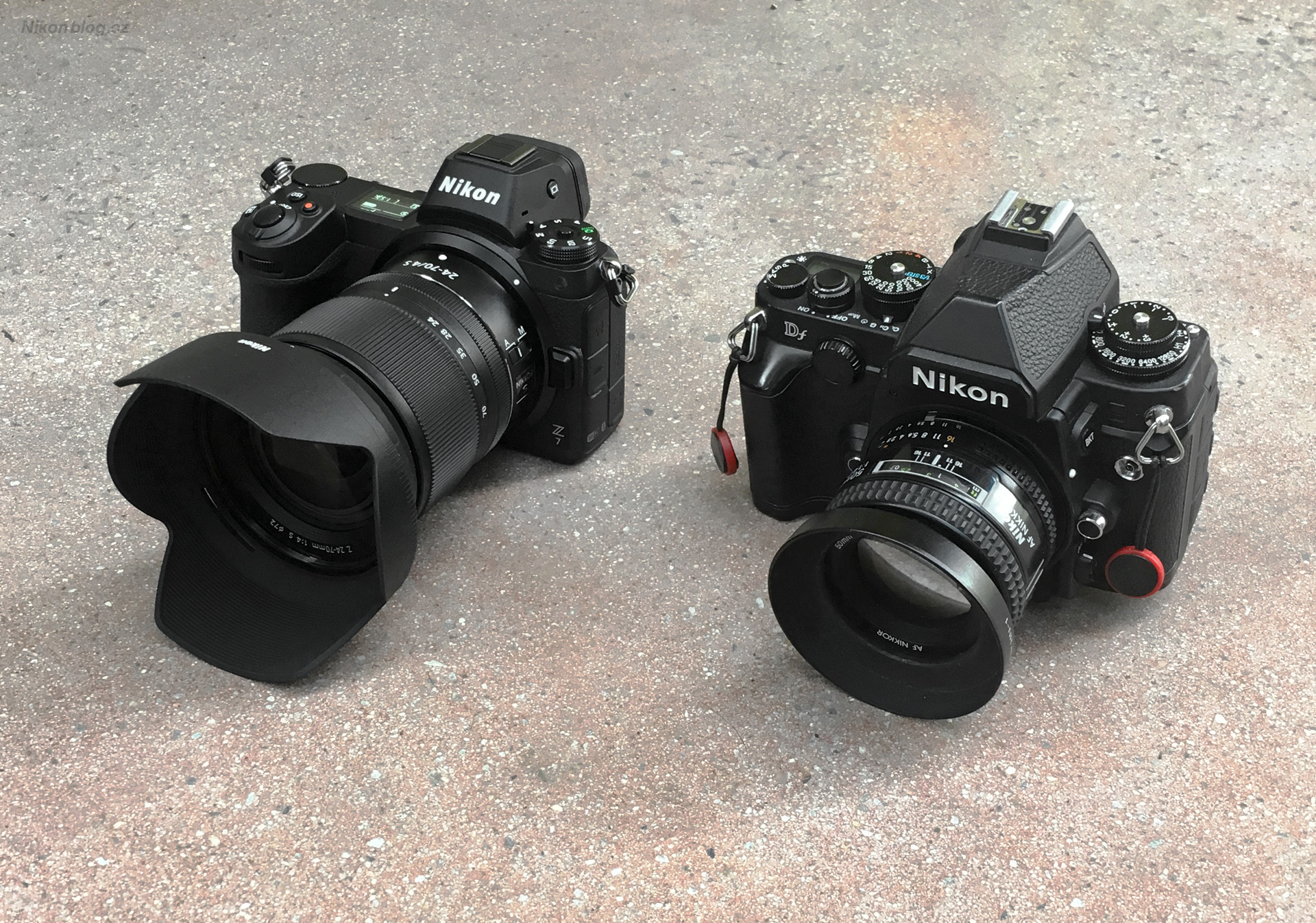 Srovnání Nikonu Z7 s malou fullframovou zrcadlovkou Nikon Df