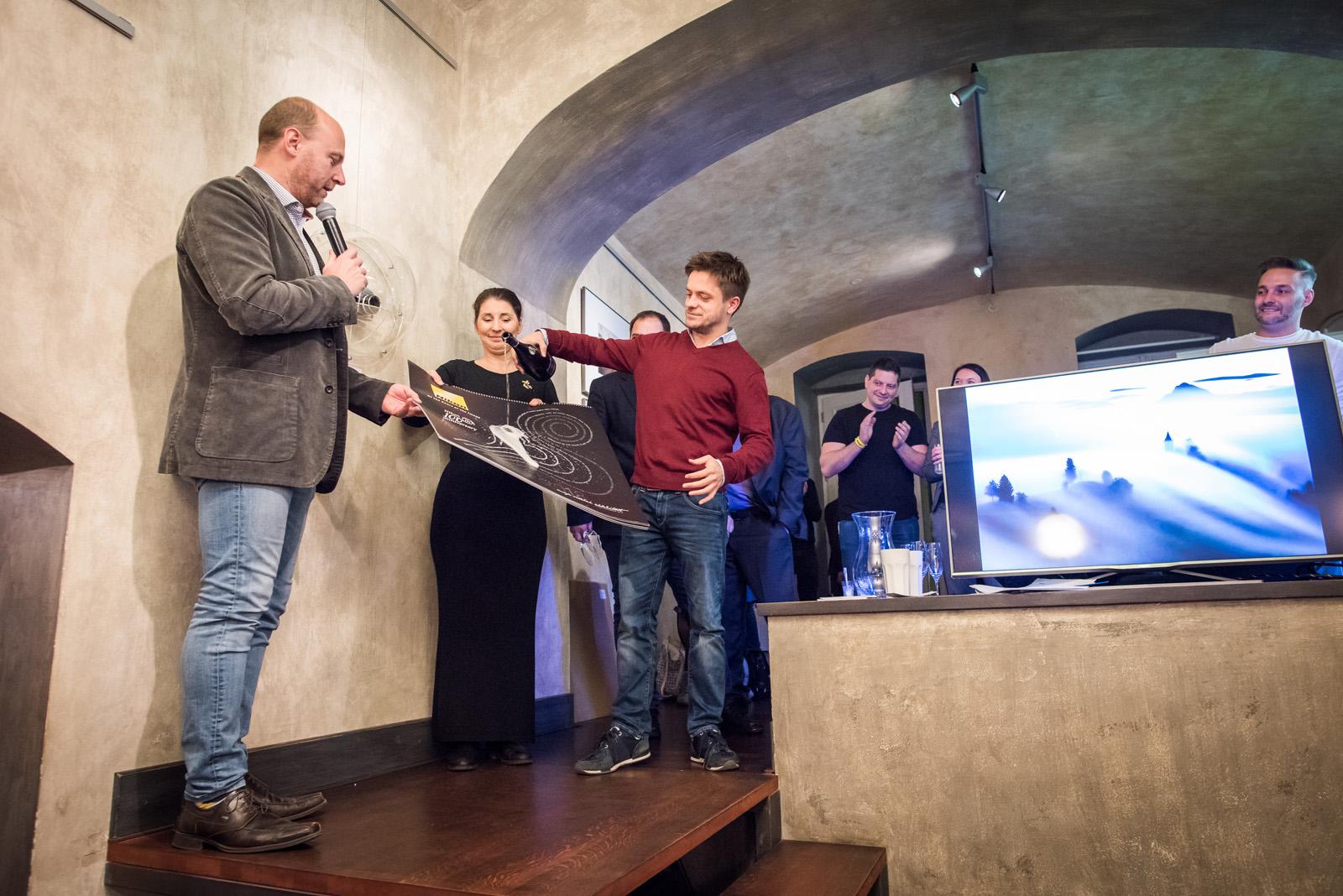 Jiří Mádl křtí Nikon kalendář 2018
