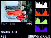 RGB histogram v Nikonu