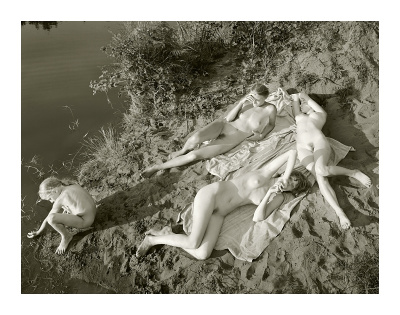 Jock Sturges, Adele, Mylene, Vanessa et Hannah; le Porge, France, 2003, @ Jock Sturges