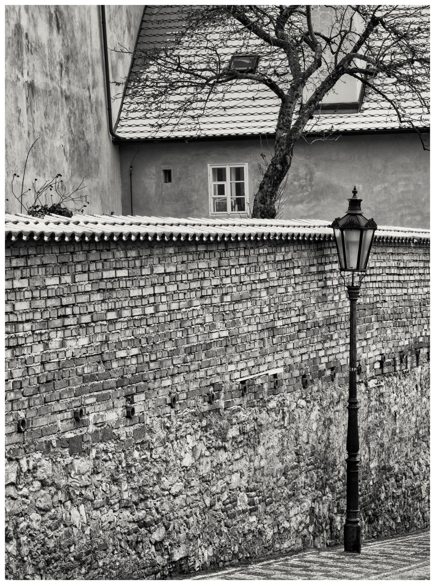 Pražské fragmenty/Prague Fragments © Stanislav Pokorný: Úvoz/Uvoz